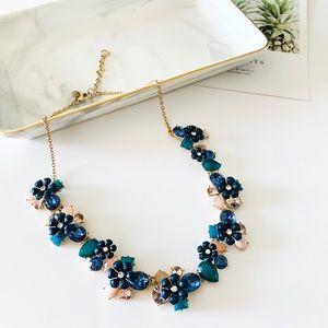 🍁🍁J. Crew Blue Flower Statement Necklace